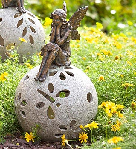Plow and Hearth Fairy Solar Globe Garden Light Daydreaming