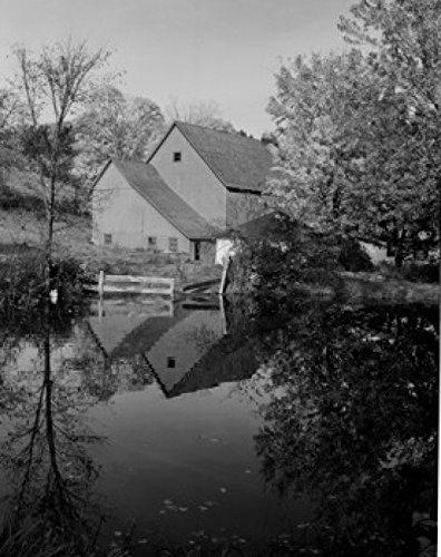 USA Vermont Pomfret Farm house by pond Poster Print 24 x 36
