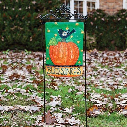 Estate Garden Flagpole by Evergreen Flag Garden