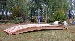 Emerson Redwood Garden Bridge Size - 14 feet
