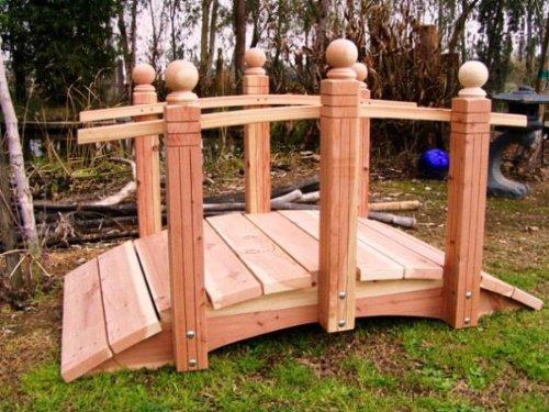 Whitehead Redwood Garden Bridge Size - 4 feet