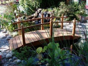 Whitehead Redwood Garden Bridge Size - 8 feet